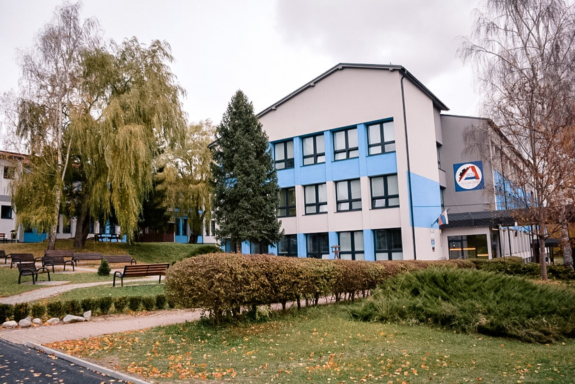 1._Škola