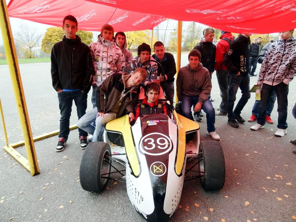 14 studentska_formula_