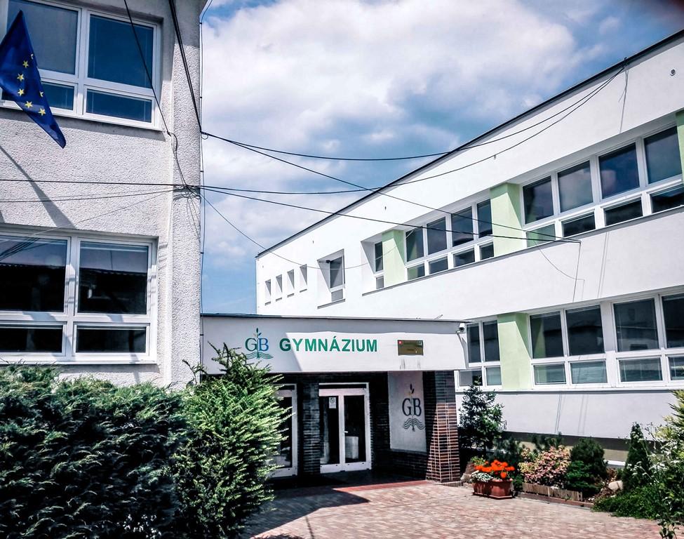 Gymnazium_Bytca_1