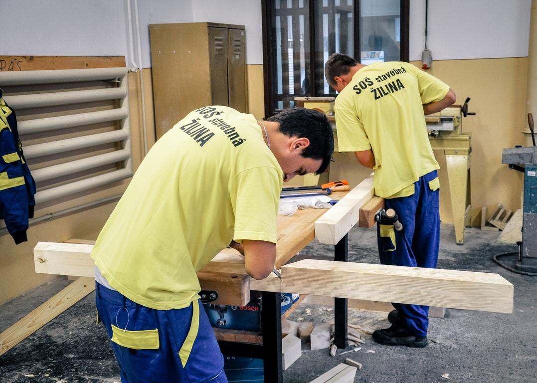 SOŠ stavebná Žilina - č. 7 Odborná učebňa drevoobrábanie