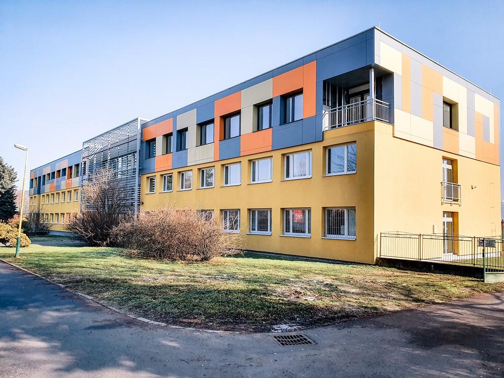 SOSDZA-Internat + budova B