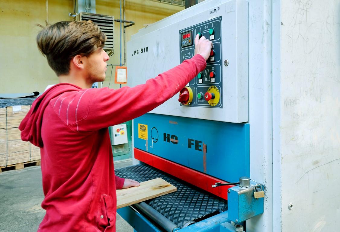 SOŠLaD odborný výcvik ŠO operátor drevárskej a nábytkárskej výroby