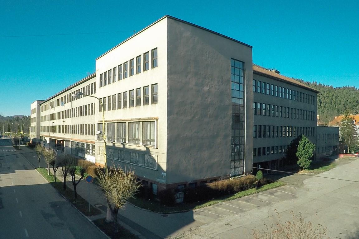 ŠUPRK_1skolabudova