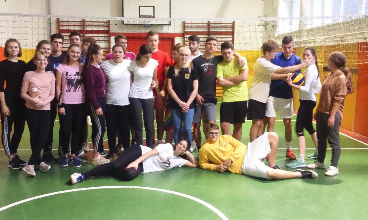 Volejbalovy turnaj 1