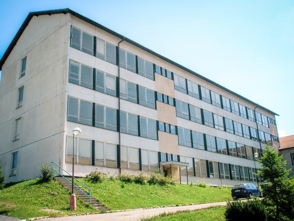 budova SZŠ DK