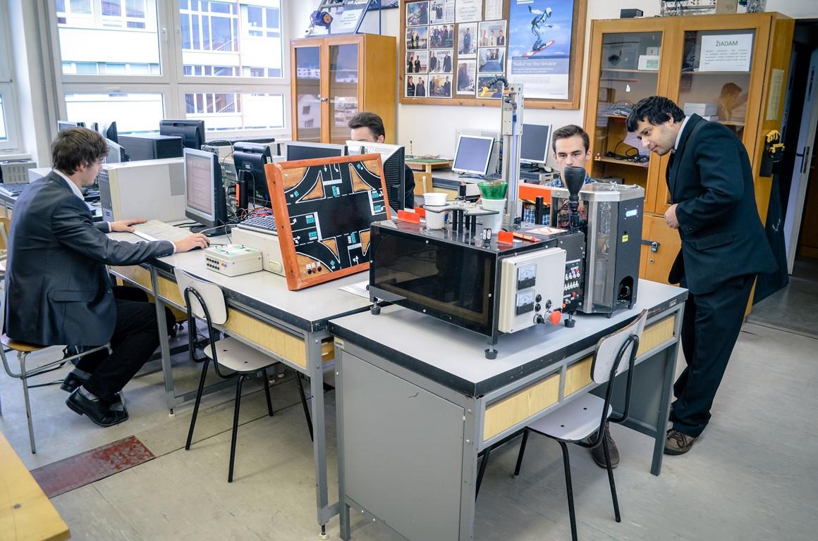 laboratorium_priemyselnej_informatiky